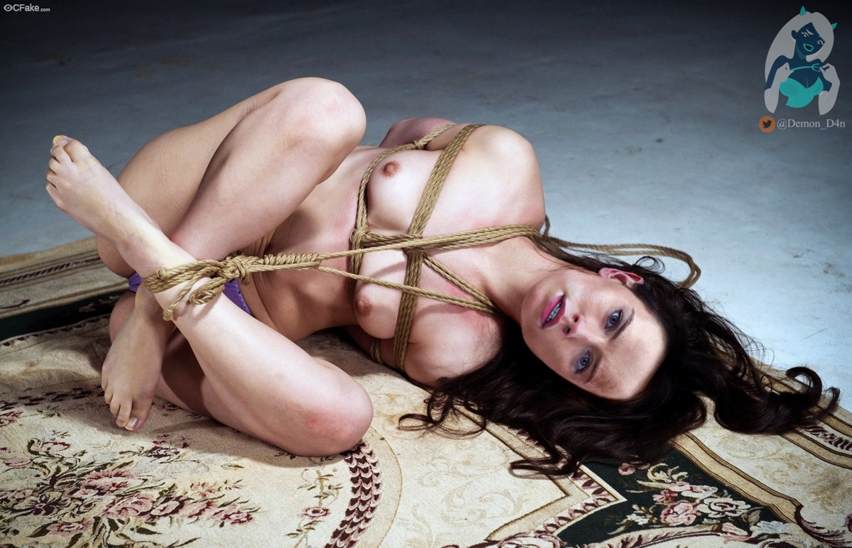 Nude Daisy Ridley pussy tied